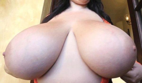 Gifs porno com seios grandes deliciosos