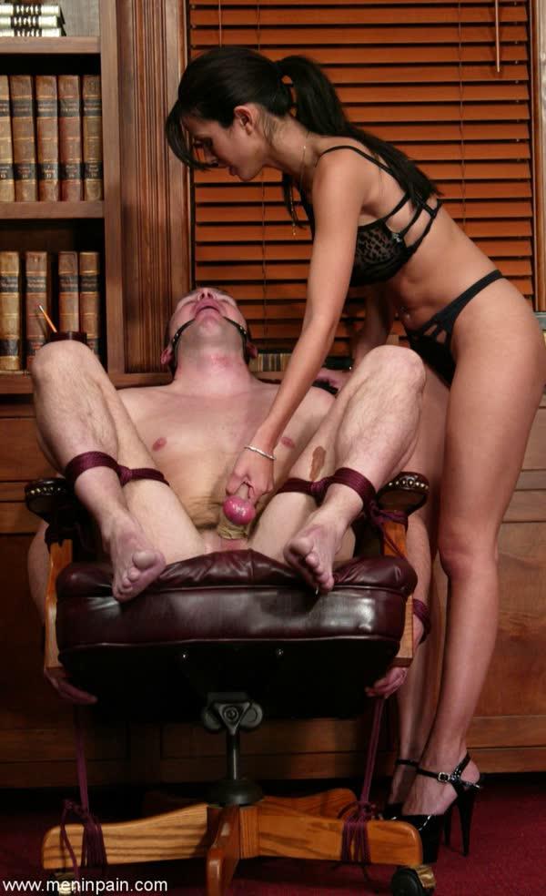 morena-torturando-de-prazer-seu-macho-10