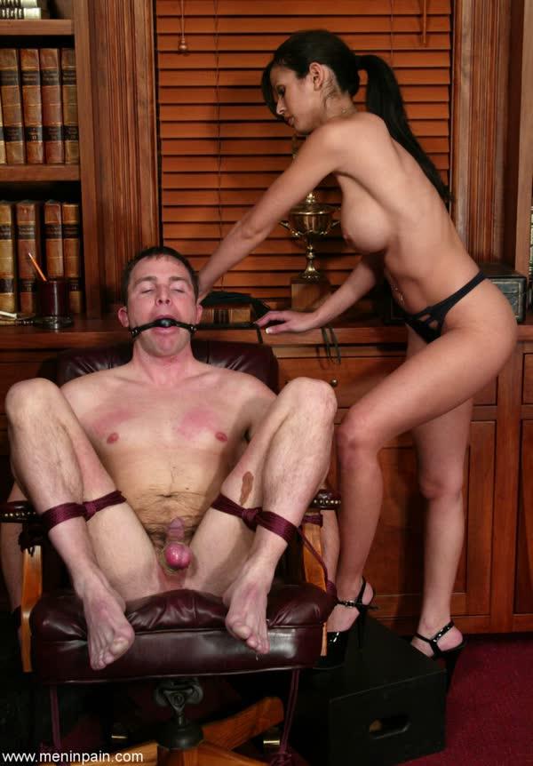 morena-torturando-de-prazer-seu-macho-17