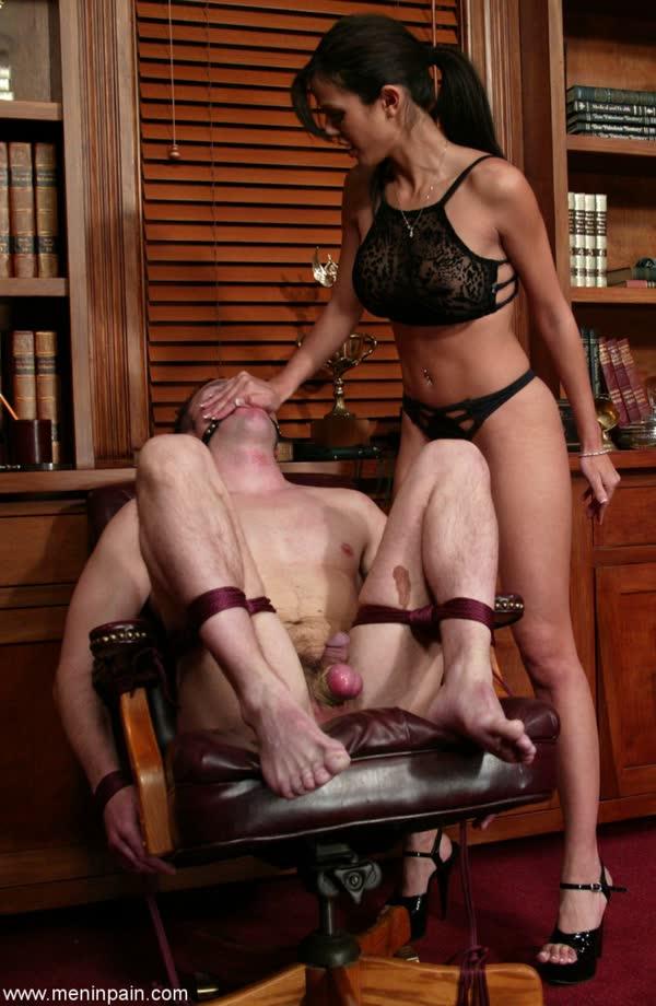 morena-torturando-de-prazer-seu-macho-3
