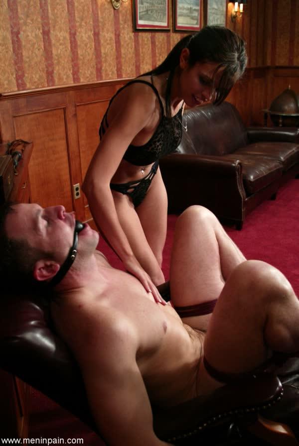 morena-torturando-de-prazer-seu-macho-6