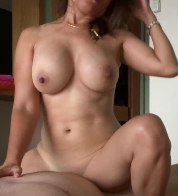 casada-amadora-sentando-na-rola-3