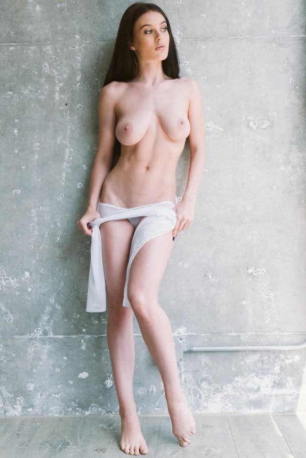 lana-rhoades-em-fotos-quentes-e-deliciosa-7