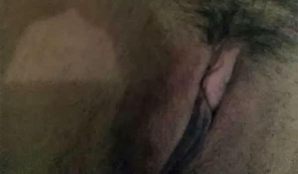 Imagem para Loira quente mostrou a xota cabeludinha