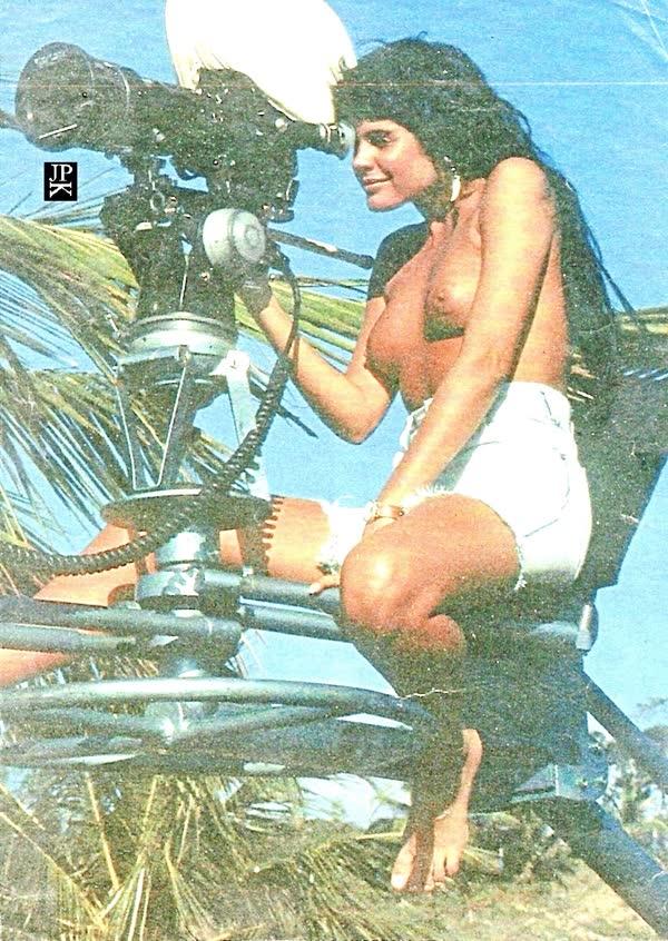 monique-evans-sexy-em-fotos-antigas-6