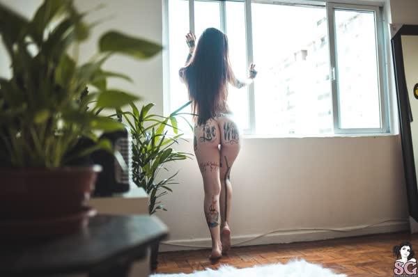 tatuada-sexy-e-gata-se-mostrou-pelada-30