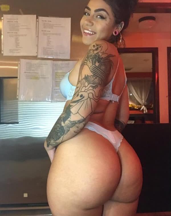 amadora-tatuada-muito-gostosa-8