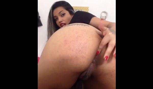 Imagem para Brasileira gostosa piscando o cu