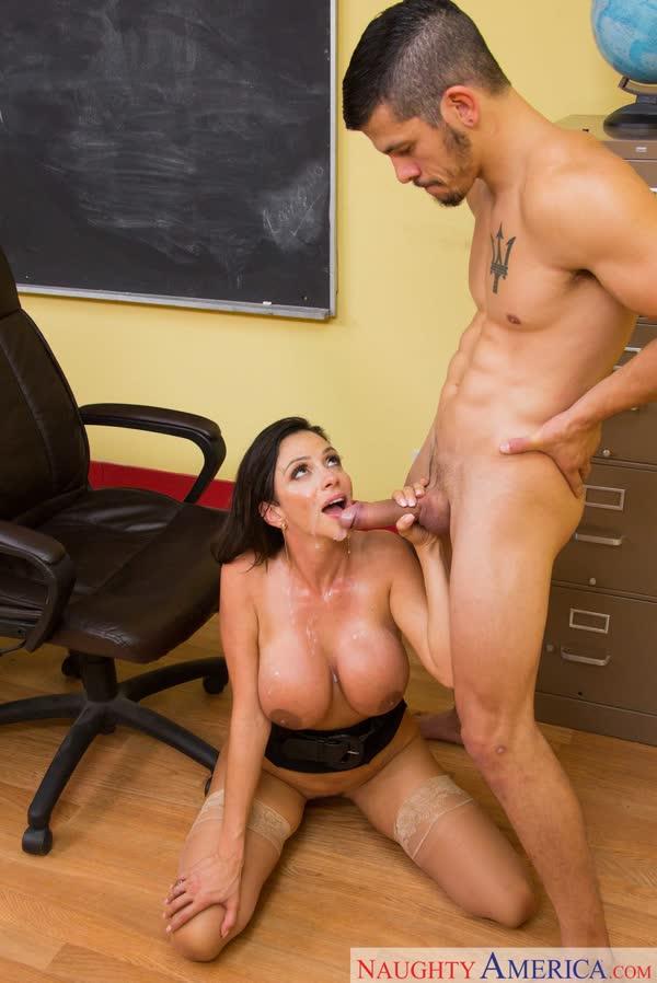 gozou-na-professora-latina-gostosa-21