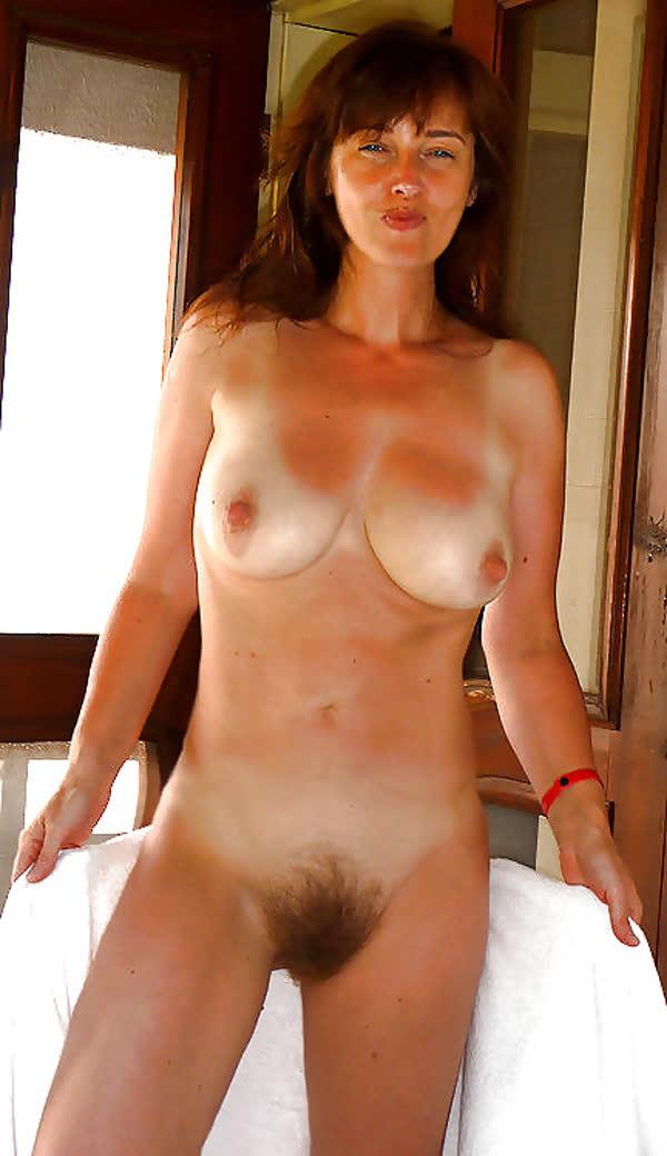 fotos-de-mulheres-com-a-xana-peluda-17