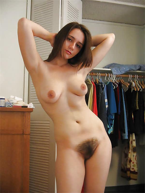 fotos-de-mulheres-com-a-xana-peluda-18