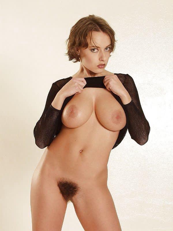 fotos-de-mulheres-com-a-xana-peluda-21