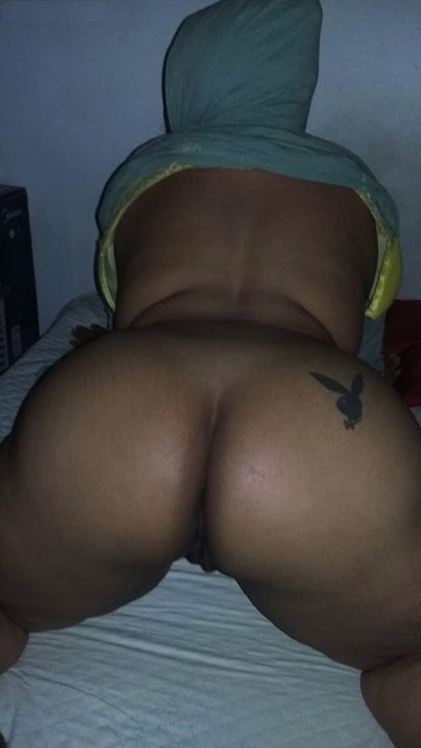 brasileira-amadora-empinando-o-rabetao-5