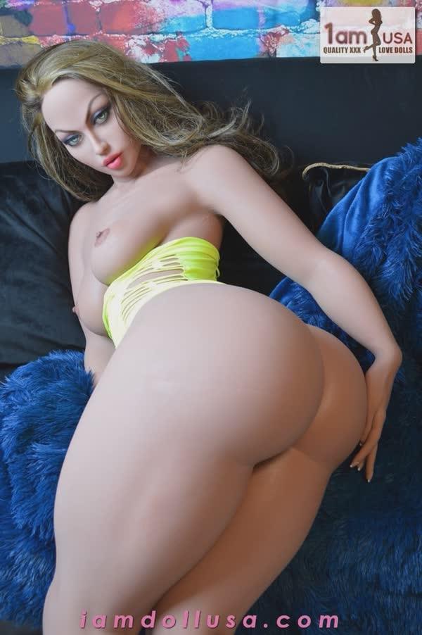 boneca-sexy-e-seu-bundao-maravilhoso-6