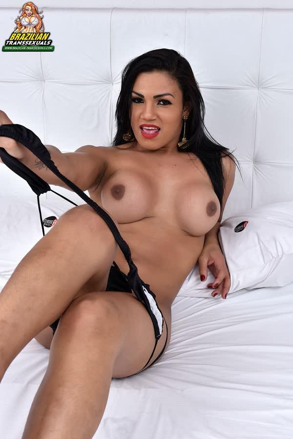 kelly-silva-bem-sexy-em-sua-lingerie-18