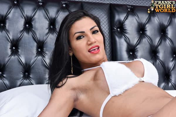 kelly-silva-bem-sexy-em-sua-lingerie-4