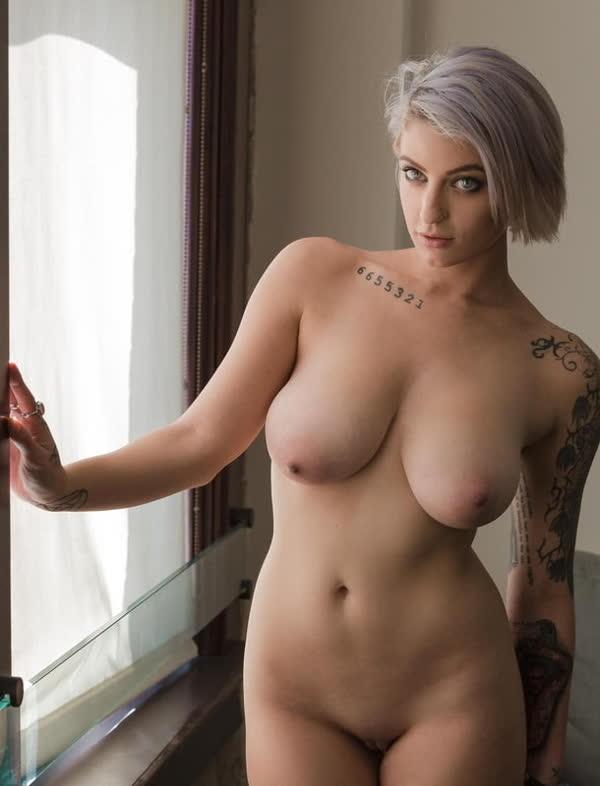 mulheres-tatuadas-bem-gostosas-21