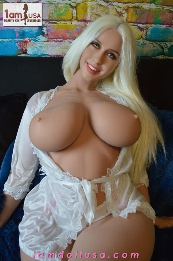 olivia-uma-boneca-sexual-realista-bem-gostosa-e-linda-1