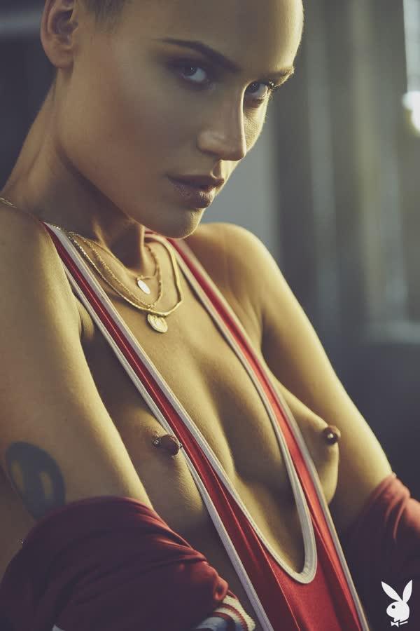 lutadora-de-box-sexy-nua-11