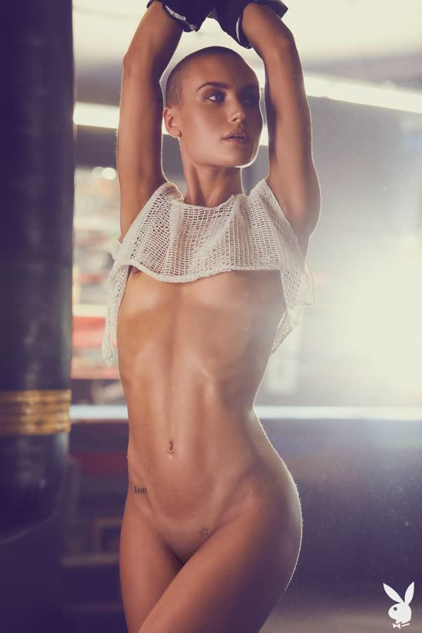 lutadora-de-box-sexy-nua-7