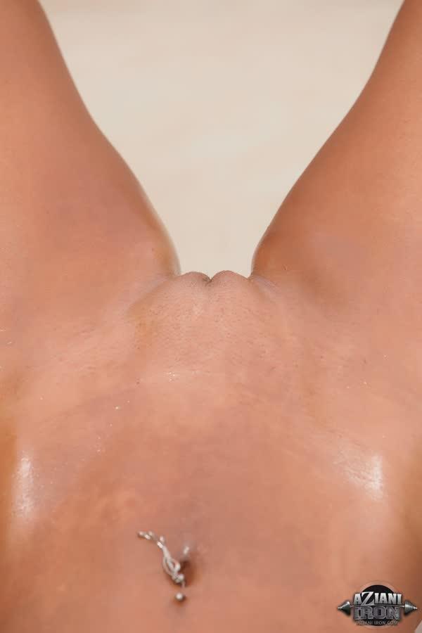megan-avalon-uma-loira-musculosa-bem-gostosa-102