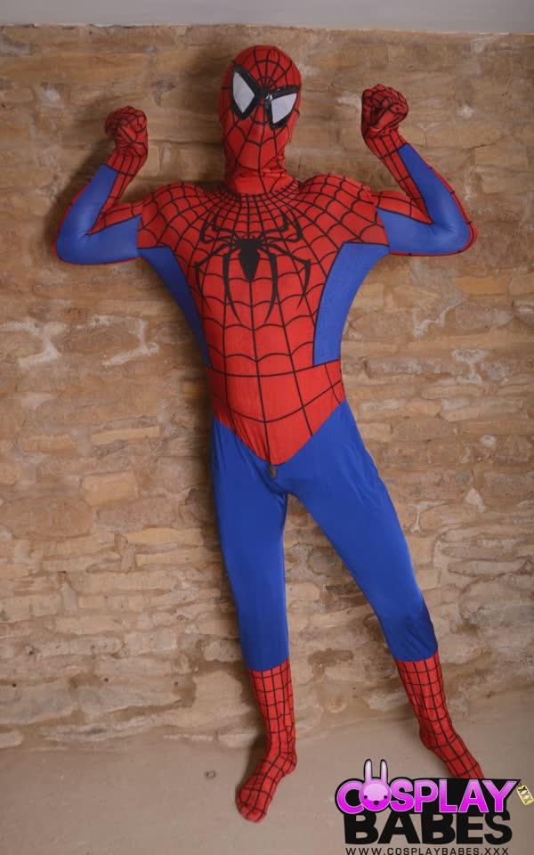 mulher-gata-e-homem-aranha-trepando-1