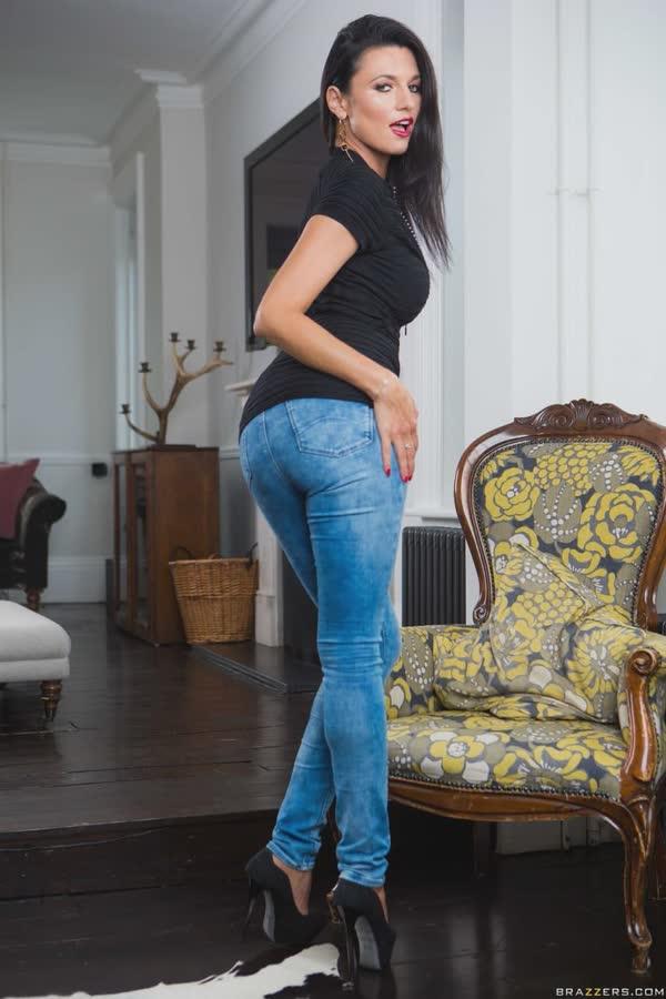 morena-gostosa-de-jeans-3