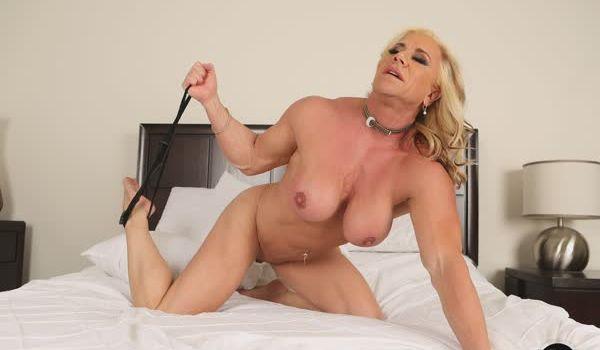Wanda Moore musculosa deliciosa em fotos porno