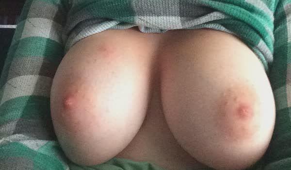 Fotos pornos de peitos amadores