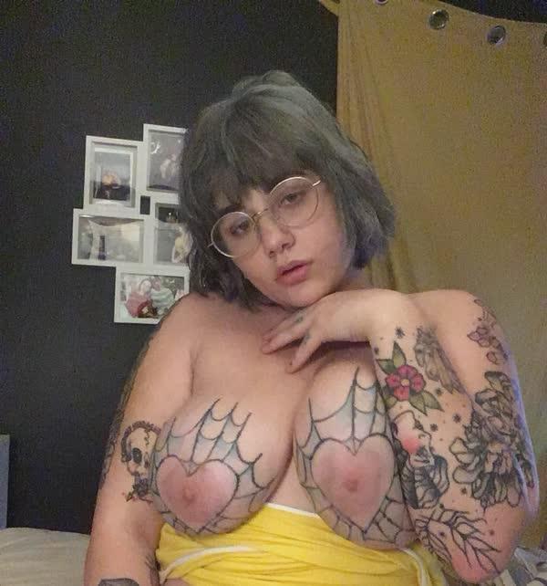 gordinhas-tatuadas-23