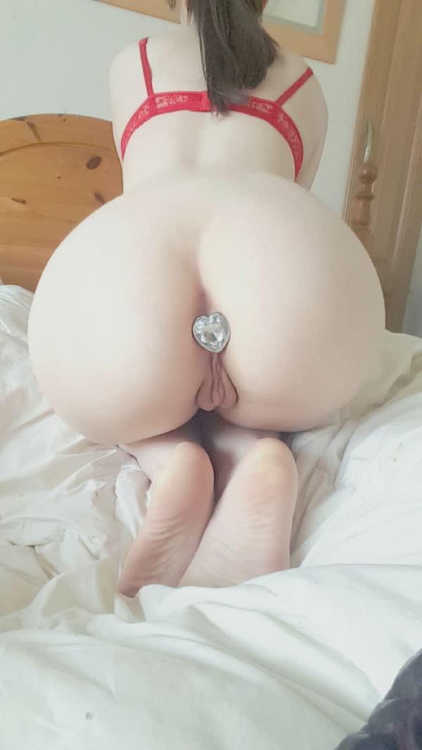fotos-de-mulheres-com-plug-anal-33