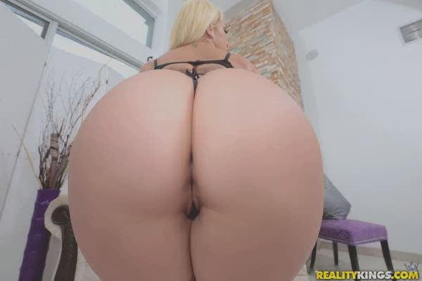 atriz-porno-mostrou-toda-a-gostosura-21