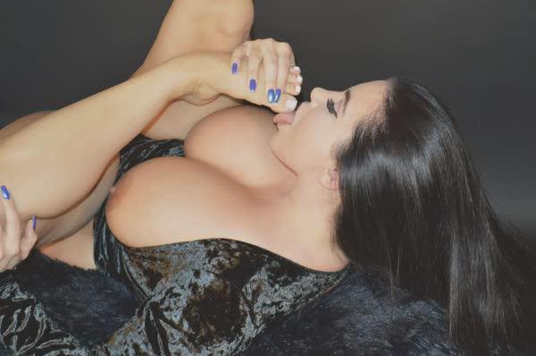 korina-kova-em-imagens-porno-48