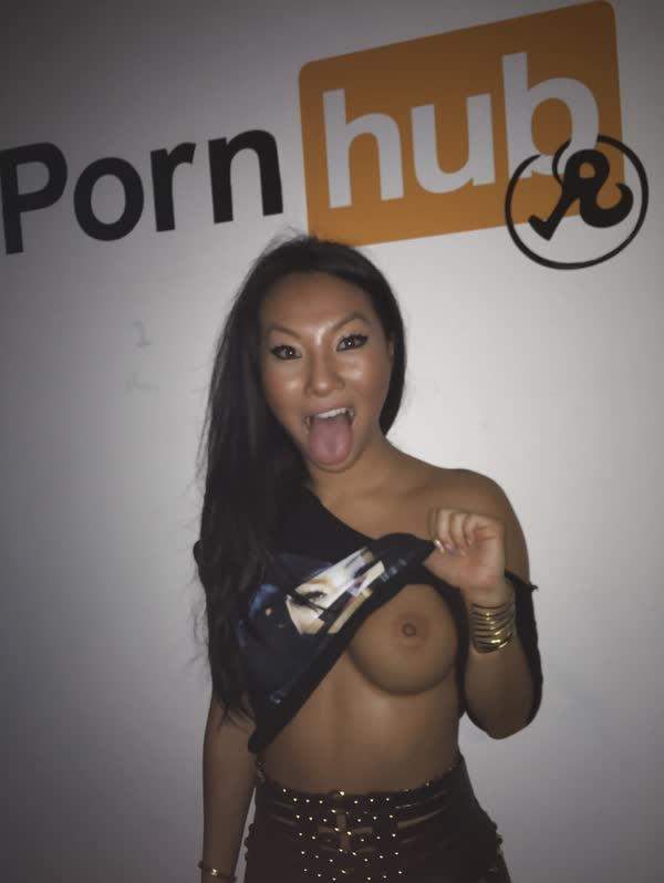asa-akira-em-fotos-porno-5