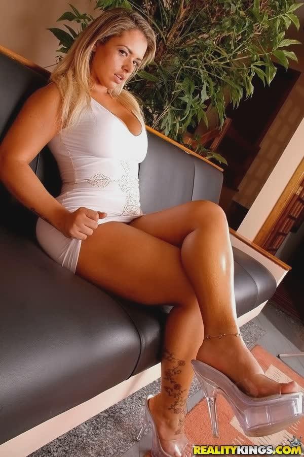 angel-lima-bem-sexy-no-vestido-1