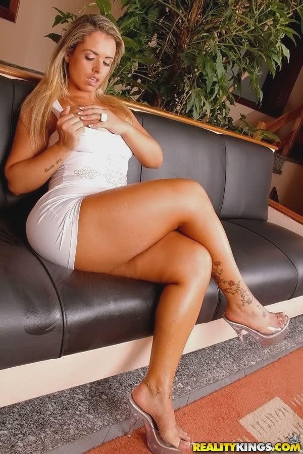 angel-lima-bem-sexy-no-vestido-8