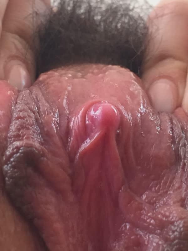 buceta-amadora-bem-peludinha-28