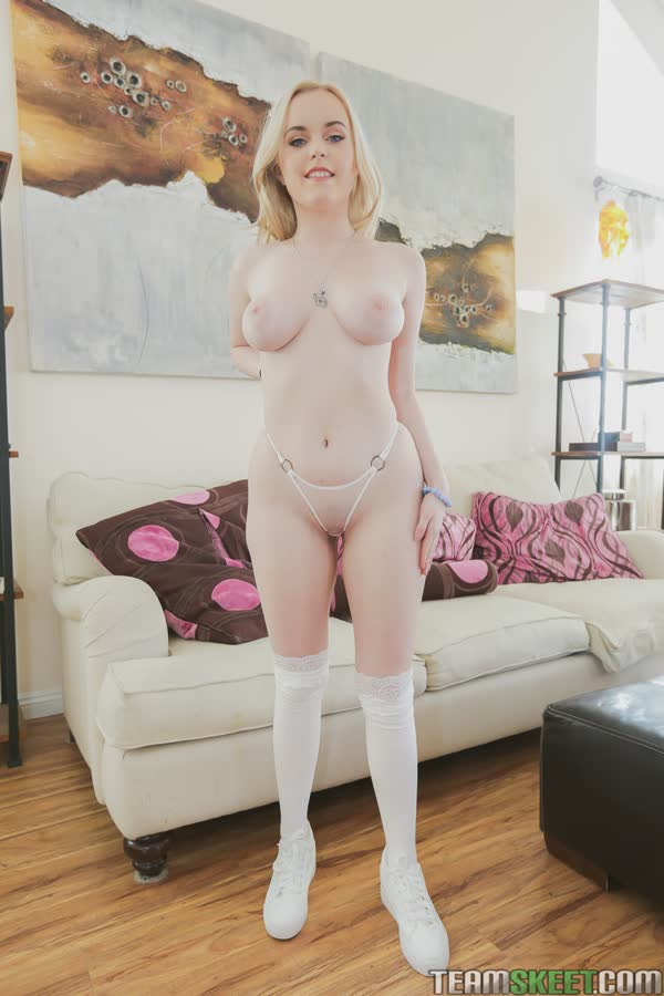 novinha-branquinha-quer-sexo-2