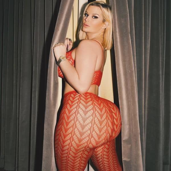 julie-cash-em-fotos-porno-40