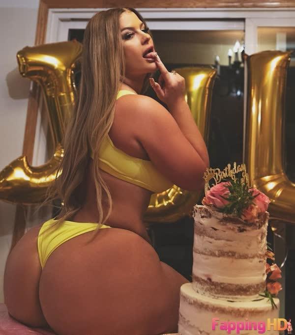 julie-cash-em-fotos-porno-51