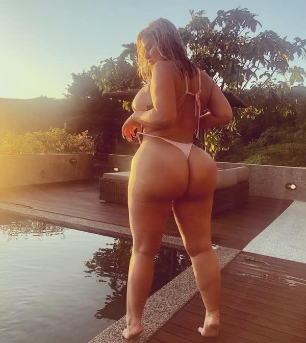 julie-cash-em-fotos-porno-52